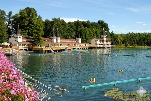 Malom tó